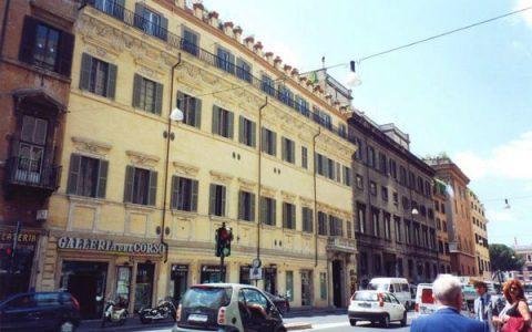 Roma (RM) - Palazzo in Corso Vittorio Emanuele