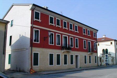 NOVENTA VICENTINA (VI) - Borgo Le Scuderie