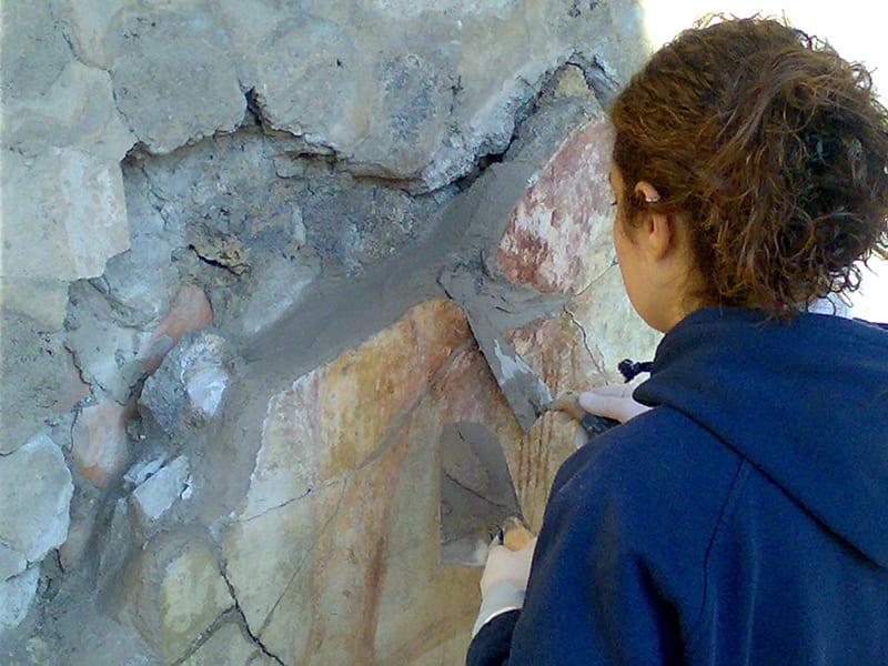 La filosofia di Calceforte ha radici nella tradizione artigianale italiana: linea conservazione protezione - scavi archeologici Pompei